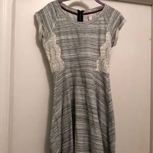 Short sleeve above knee dress